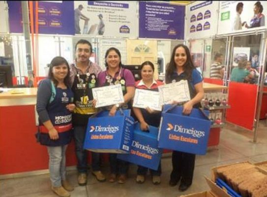 Así recibieron sus mochilas los ganadores de San Fernando