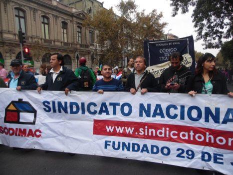 Sindicato Homecenter participó activamente en marcha del Día del Trabajador