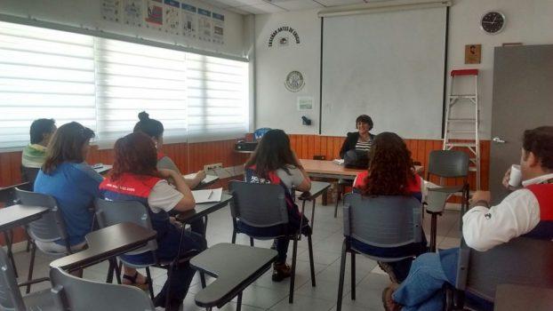 Directora Pamela Martínez visitó la tienda de Quilicura